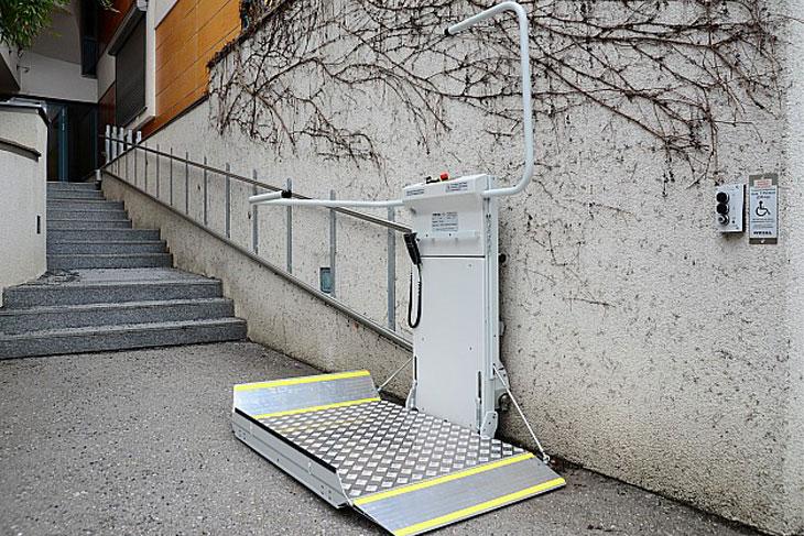 merdiven engelli platformu