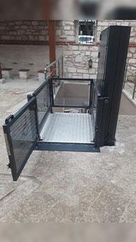 dikey hidrolik engelli asansörü